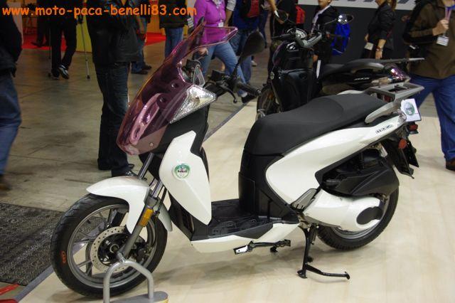 Nouveauté scooter et Stand Benelli au salon de Milan IMGP2407%20%5B640x480%5D