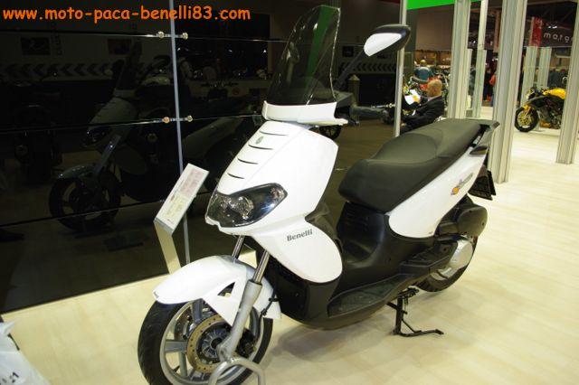 Nouveauté scooter et Stand Benelli au salon de Milan IMGP2413%20%5B640x480%5D