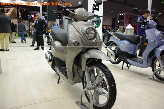 Nouveauté scooter et Stand Benelli au salon de Milan IMGP2425%20%5B640x480%5D