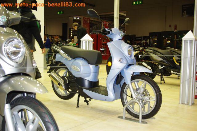 Nouveauté scooter et Stand Benelli au salon de Milan IMGP2426%20%5B640x480%5D