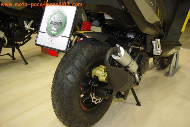 Nouveauté scooter et Stand Benelli au salon de Milan IMGP2429%20%5B640x480%5D