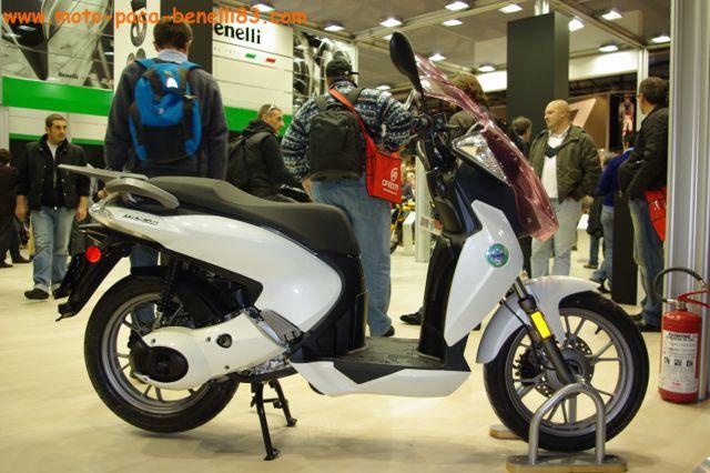 Nouveauté scooter et Stand Benelli au salon de Milan IMGP2435%20%5B640x480%5D