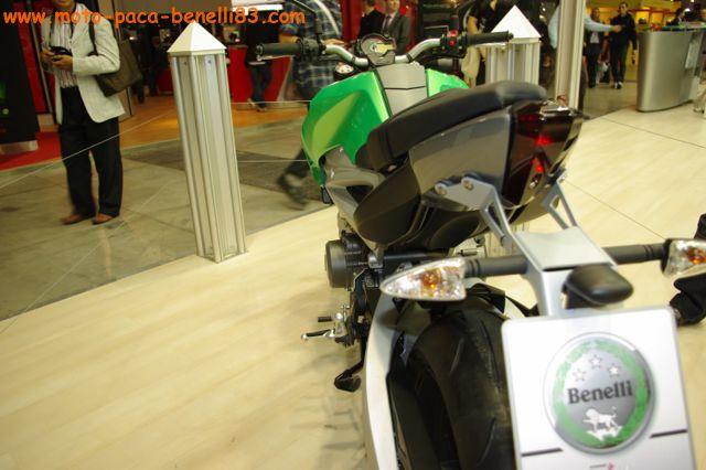 Benelli DUE 756 au salon de Milan IMGP2397%20%5B640x480%5D